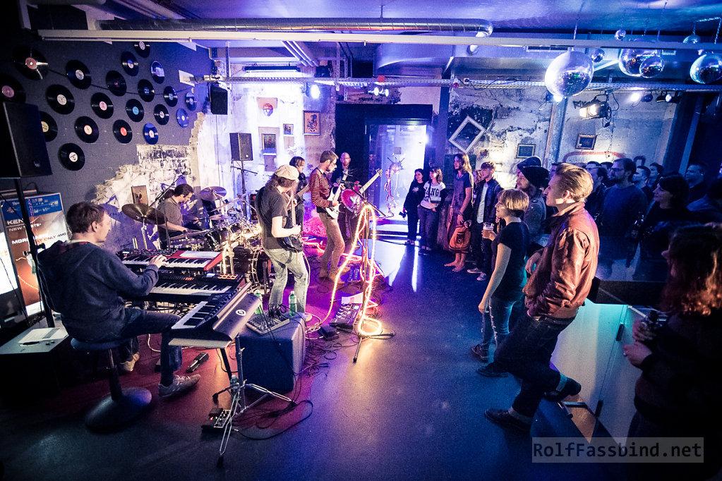 Öz Ürügülü live at Galvanik Zug